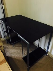 DESK LIKE BRAND NEW glass top and shelves Traralgon Latrobe Valley Preview