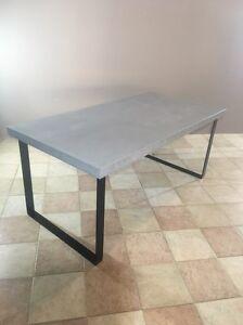 Concrete dinning table Halls Head Mandurah Area Preview