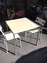 Table and chairs Cranebrook Penrith Area Preview