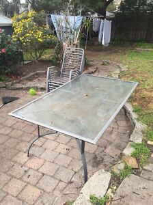 Outdoor table and chairs Frankston Frankston Area Preview