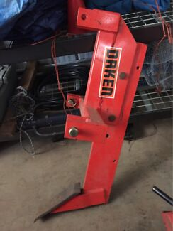 Berends Single Tyne Ripper suit compact tractor