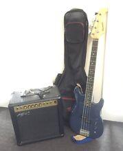 Bass Guitar and Amp Port Macquarie Port Macquarie City Preview