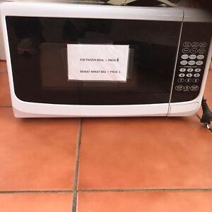 Small microwave Launceston Launceston Area Preview