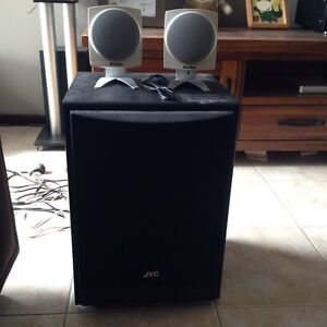 2 Boston speakers and 1 JVC subwoofer Hamersley Stirling Area Preview