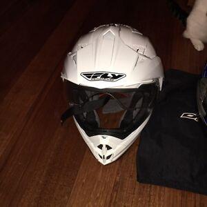 Motorbike helmets / dirt bike helmets Maribyrnong Maribyrnong Area Preview