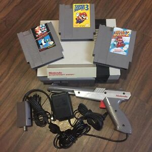 Nintendo entertainment system with extras (nes)