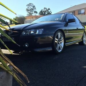 05 vz sv6 manual commodore Rutherford Maitland Area Preview