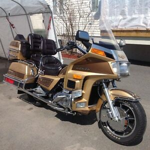 NEGOCIABLE  GOLDWING GL 1200 a injection 1985 LIMITED EDITION