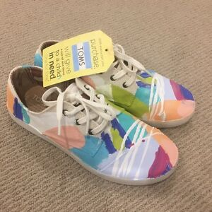 New Anya Brock painted TOMS Paseo White Canvas Sneakers Subiaco Subiaco Area Preview