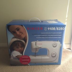 Singer******8280 sewing machine - brand new Baulkham Hills The Hills District Preview