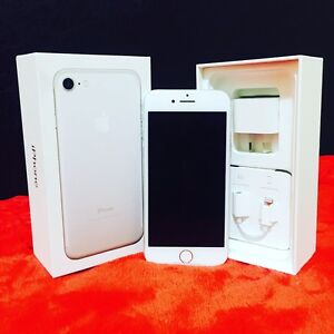 Iphone 7 silver 128gb Westmead Parramatta Area Preview