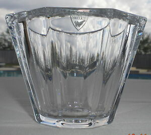 BEAUTIFUL-ORREFORS-SWEDEN-GLASS-CANDY-BOWL-CONDIMENT-DISH-OR-CANDLE-HOLDER