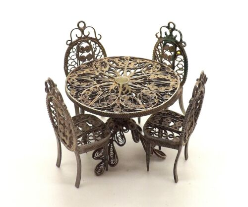 CONTINENTAL SILVER MINIATURE FILIGREE DOLL HOUSE TABLE & 4 CHAIRS ~ VERY CUTE ~