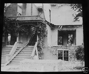 Glass-Magic-lantern-slide-HOUSE-AFTER-CYCLONE-C1890S-USA-AMERICA-MOUNT-VERNON