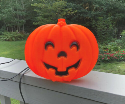 Vintage Halloween Jack-O-Lantern Flat Blinky Pumpkin Lighted Blow Mold - EXC