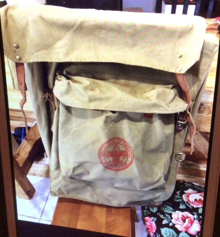 Vintage  1329 Deluxe Yucca Boy Scout Backpack