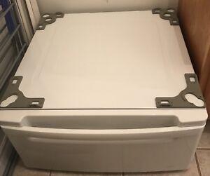 Washer/Dryer Pedestal LG