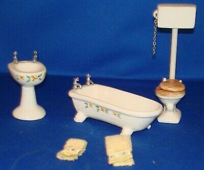 Vintage Doll House Furniture  Bathroom (5) pc  set EUC