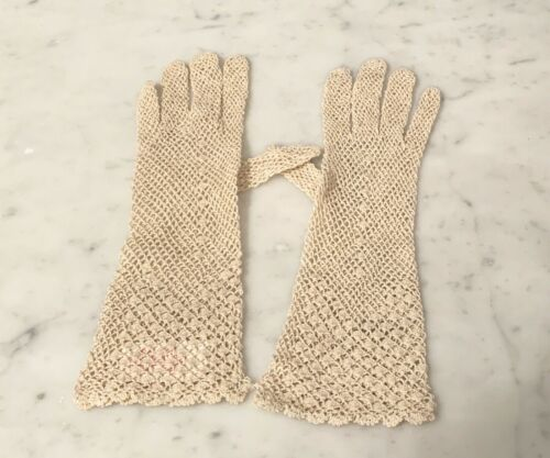 Women's Silk Crocheted Lace Long Gloves in Beige - New & Never Worn  LaCrasia
