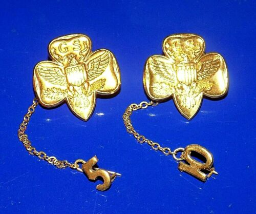 Pair Vintage Girl Scout Goldtone Pins with 5 & 10 Year Dangles