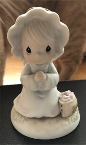Precious Moments angel figurine - Sewing Seeds of Kindness