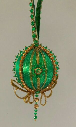 Vintage Handmade Christmas Ornament completed