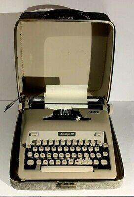 Vintage Royal Heritage 3 Portable Typewriter W/Case Working Antique