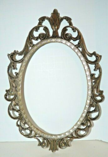 """VINTAGE ORNATE METAL OVAL PICTURE FRAME ITALY 10"""" x 7"""""""