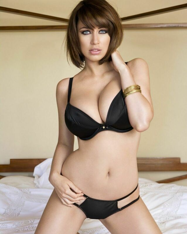 Sophie Howard 8x10 Glossy Photo Picture Image #2