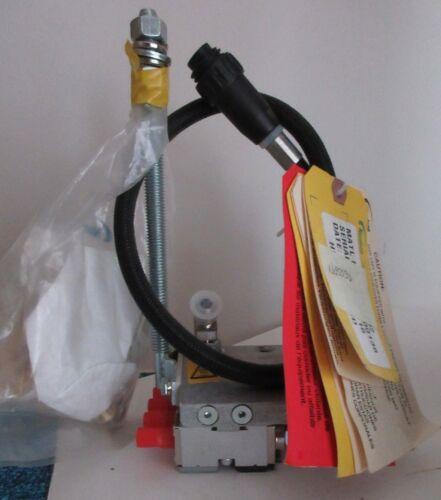 Nordson ClassicBlue-4-LP-T-W Glue Gun, 4 Module 1051932, low profile W/ 272385