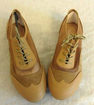 Women's Wanted Taupe Mesh Oxford Lace Up Shoes Size 10 Mesh-oxford