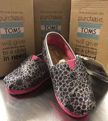 Toms Shoes Tiny Toddler Size 6 Silver Moroccan 10000472 Glitter/Pink Brand NEW - Pink Toms Toddler