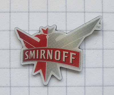 SMIRNOFF VODKA ............................. Getränke-Pin (101f)
