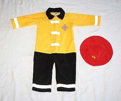 Old Navy Baby 18-24 months Firefighter 2pc Costume Bodysuit Hat Halloween](Halloween Costumes 18 Month Old)