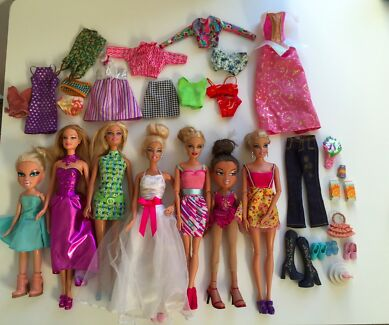 Barbie dolls plus outfits and props Seaforth Manly Area Preview