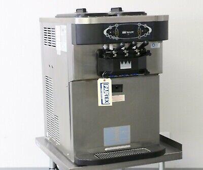 2012 Taylor C723 Soft Serve Yogurt Machine 1 Phase Air Cooled With Agitators