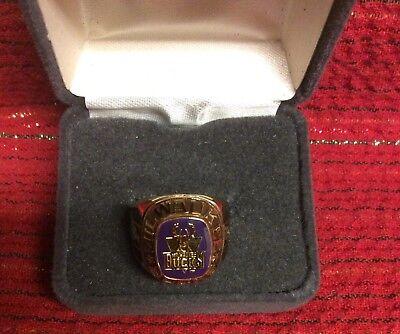 Milwaukee BUCKS NBA Team Ring Pick Size Gold Color NBA BUCKS Jewelry Special NEW Milwaukee Bucks Colors