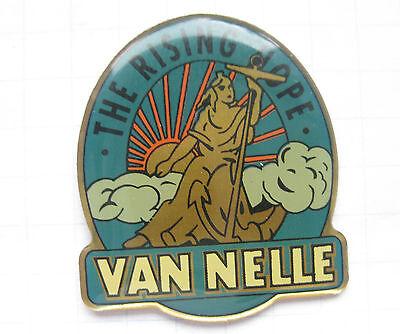 VAN NELLE / THE RISING HOPE  ......................  Tabak Pin (109i)