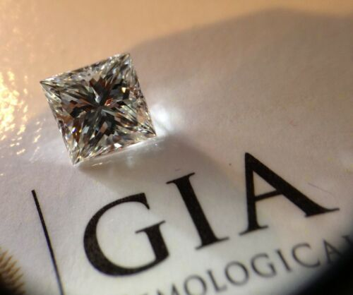 G.I.A. 1.05 Princess Cut Diamond VVS2-H Gia Square Free Solitaire Setting