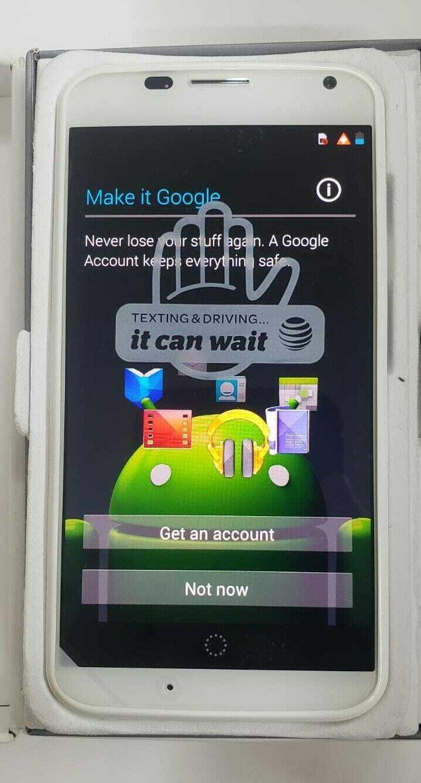 как выглядит Motorola X 16GB UNLOCKED Phone White фото