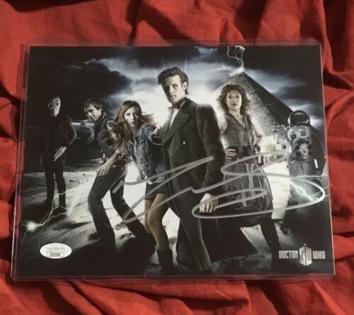 DOCTOR WHO 8X10 PHOTO~SIGNED BY MATT SMITH+JSA COA~TARDIS CAST+AMY POND~3684
