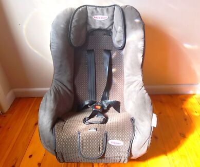 Grey Safe and sound baby car seat for sale