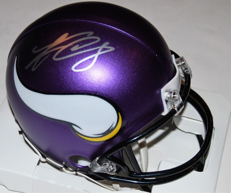 KIRK COUSINS signed (MINNESOTA VIKINGS) mini football helmet *SKOL* W/COA