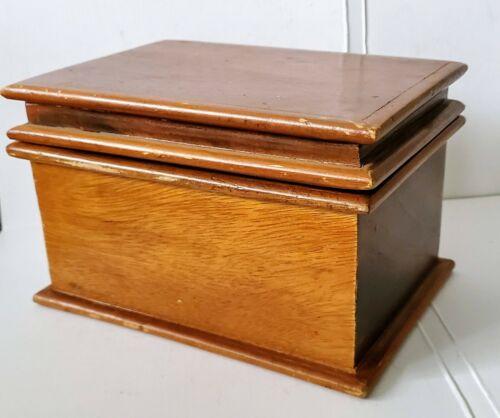 VINTAGE WOODEN HINGED RECIPE STORAGE BOX