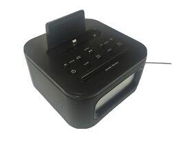 iHome iPL8BN Alarm Clock FM With iPhone Charging Port (E17)