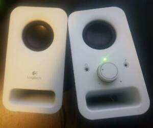 Speakers Logitech portable pc speakers $20