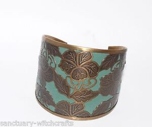 Beautiful Indian Brass  Flowers Cuff Bangle.