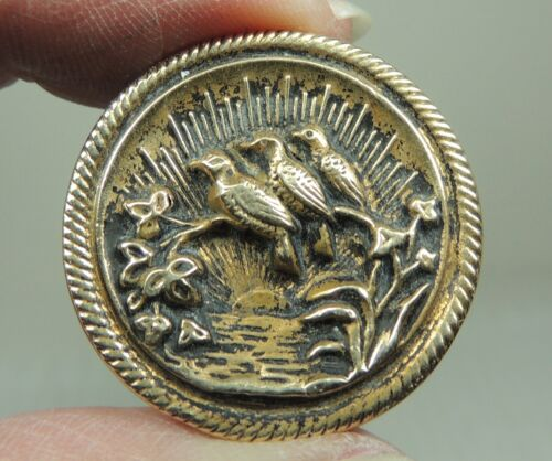ANTIQUE BRASS PICTURE BUTTON ~ BIRDS WATCHING THE SUNRISE