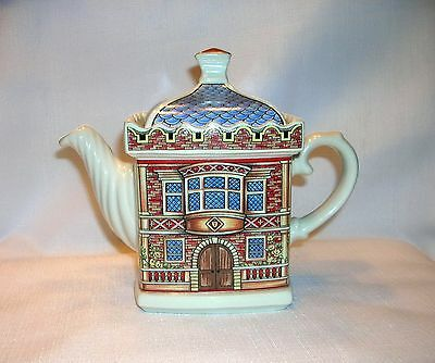 Sadler English Country House 4439 Elizabethan House Teapot Made England Mint