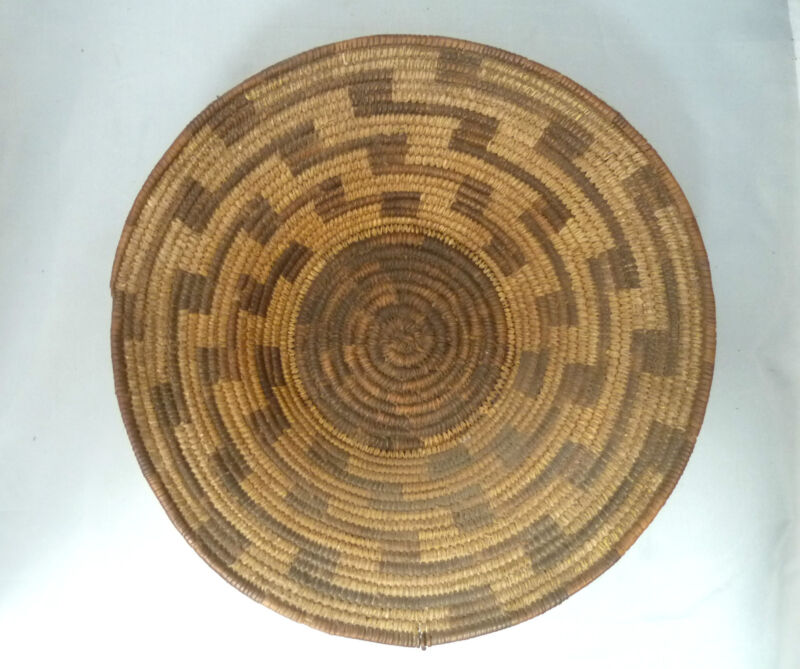 "Native American Weave Basket Bowl Tray. Very Nice Design. Approx 11.25"" Diameter"